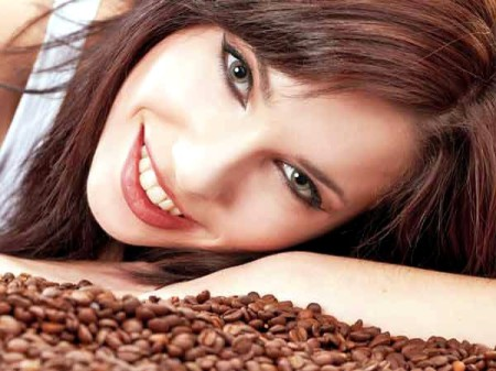 beauty-benefits-of-coffee-tea